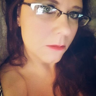Jenny Hayut novelist/poet